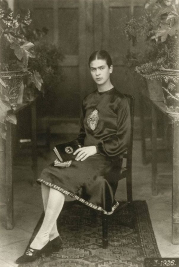 Frida at 18 years old in 1926