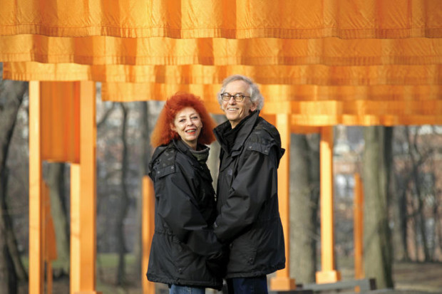New York City, 2005 Christo and Jeanne-Claude at The Gates Photo: Wolfgang Volz © 2005 Christo, christo and jeanne claude love