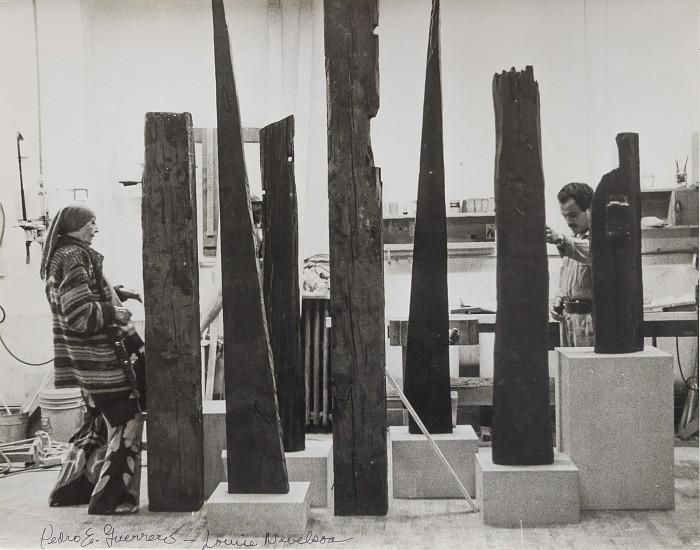 louise nevelson's sculptures