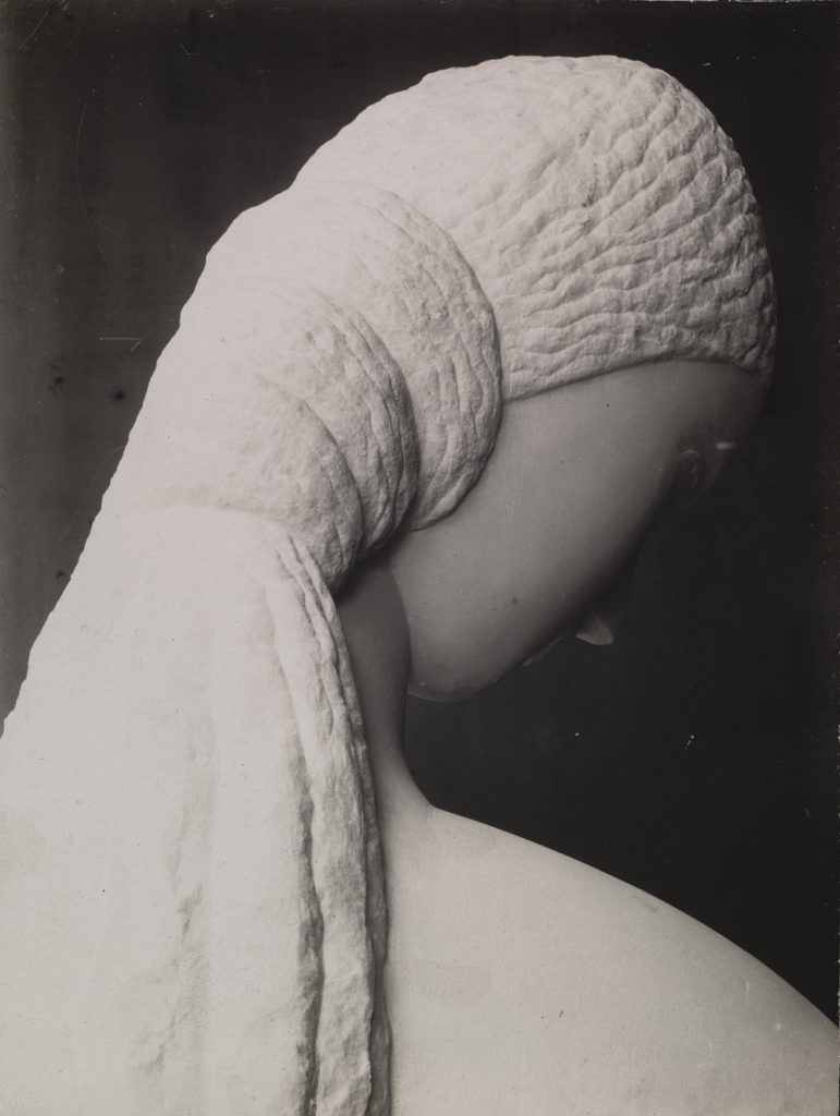 Constantin Brancusi Untitled (Head of a Young Woman) 1910 © 2018 Artists Rights Society (ARS), New York / ADAGP, Paris