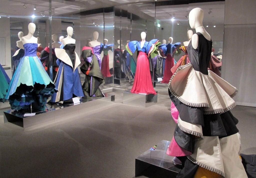 capucci's sculpture dresses Museo Capucci
