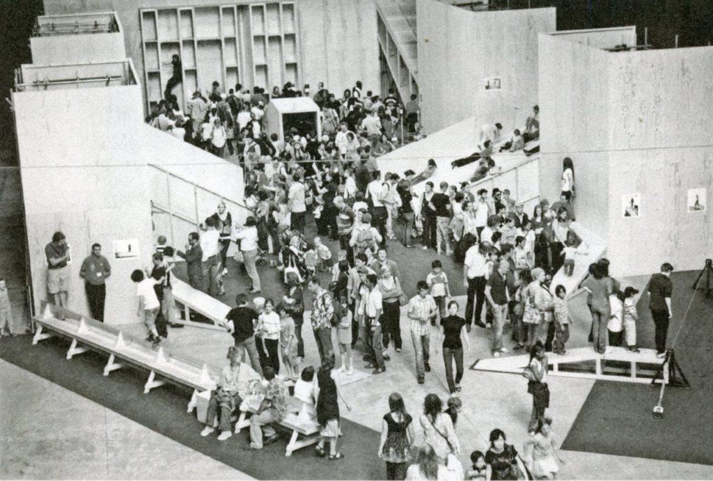 Robert Morris, Bodyspacemotionthings, 1971/2009—installation view, Tate Modern