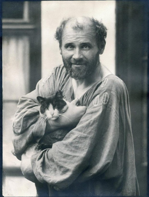 Gustav Klimt with his cat, Katze