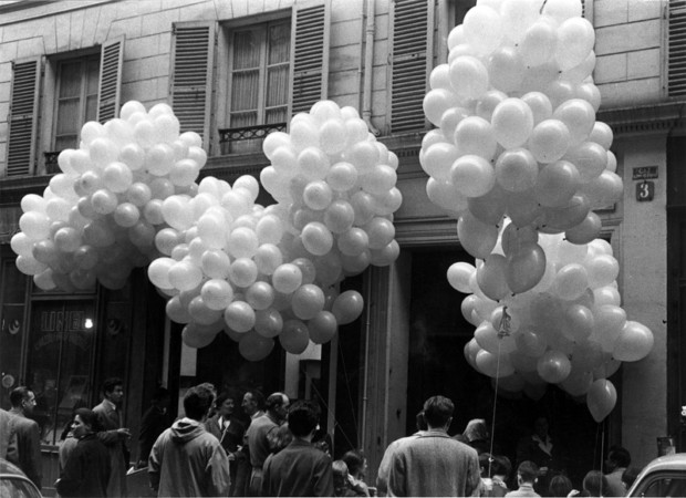 aerostatic-sculpture-paris-1957