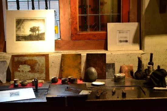 Copper etching equipment with plates in Rembrandt House. Source: Tripadvisor.com