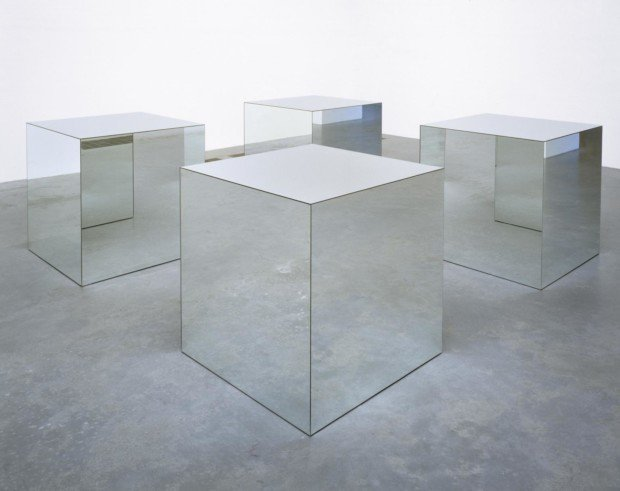 Robert Morris, Untitled 1965/71, mirror plate glass and wood, object: 914 x 914 x 914 mm © ARS, NY and DACS, London 2002