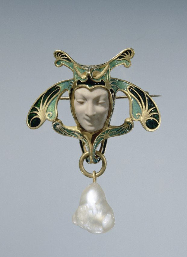 Brooch in the form of a fool, ca. 1897-1899 René Lalique, Rijksmuseum, Public Domain
