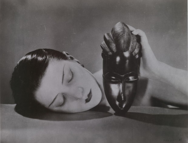 man ray kiki Man Ray, Kiki with African Mask, 1924, National Gallery of Victoria, Melbourne, copyrights: Man Ray Trust/ADAGP, Paris