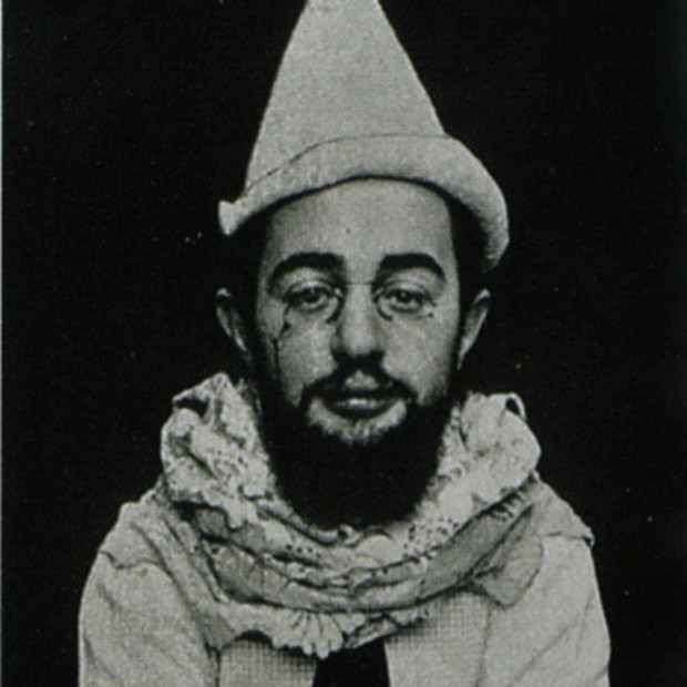 Henri de Tolouse- Lautrec, photo taken by Maurice Guibert ca. 1890s, artsy halloween costume
