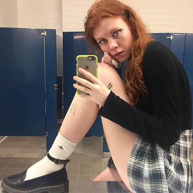 Audrey Wollen selfie-feminism
