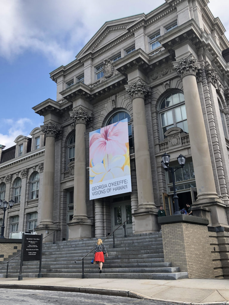Georgia O'Keeffe: Visions of Hawaii, exhibition poster on the building ot the LuEsther T Mertz Library, New York Botanical Garden, Bronx, New York City, USA. Photo by Howard Schwartz.