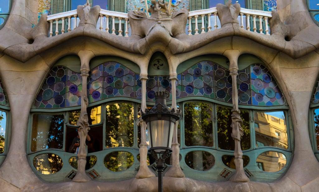 Antoni Gaudí, Casa Batlló (closeup), 1904-1916