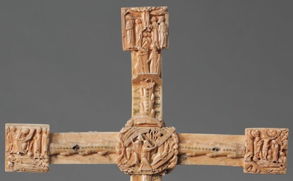 Cloisters Cross recto detail