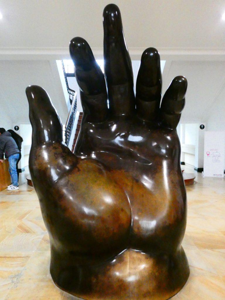 LeftHand_1932_Botero_MuseoBotero