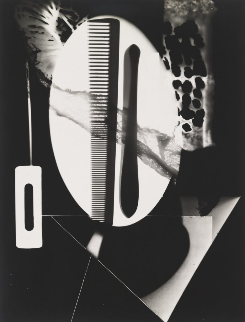 Man Ray, Untitled rayograph, 1922, Courtesy of Museum of Modern Art, New York, USA.