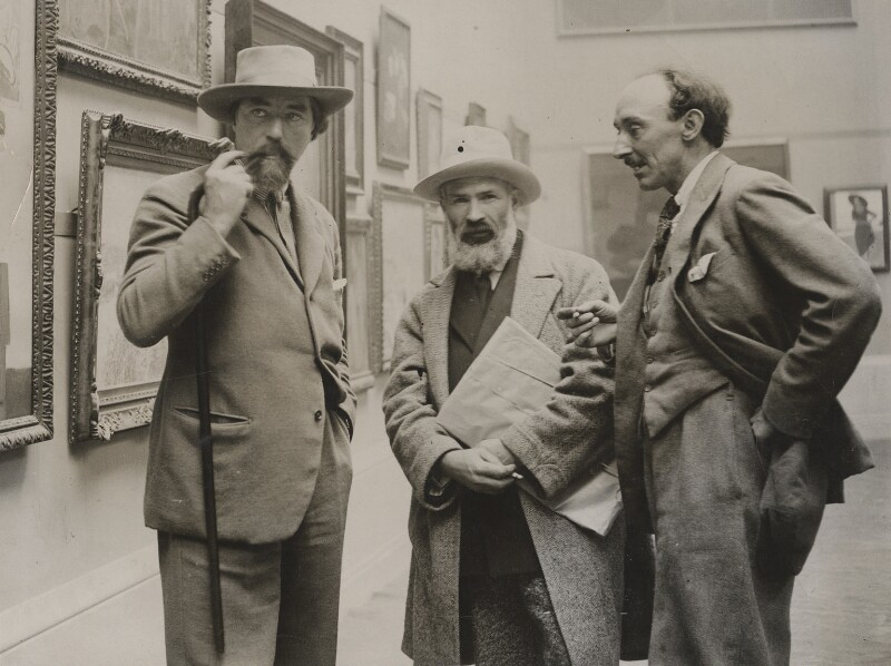 Unknown photographer, Augustus John; Constantin Brancusi; Frank Owen Dobson, ca 1925, © National Portrait Gallery, London - Around the World with the National Portrait Gallery - P.5 Europe