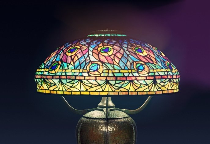 The lamp with the colored design representing peacock feathers exhibited in the Cleveland Museum of Art.