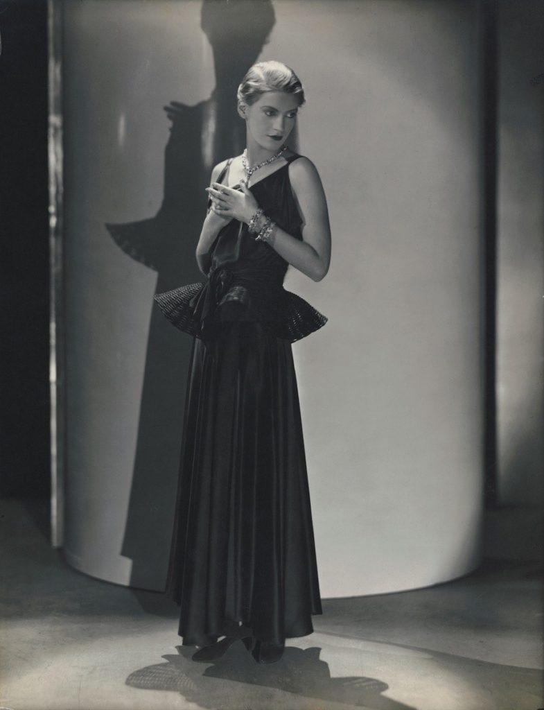 George Hoyningen - Huene, Lee Miller for Vogue, May 1931, Source: Vogue.