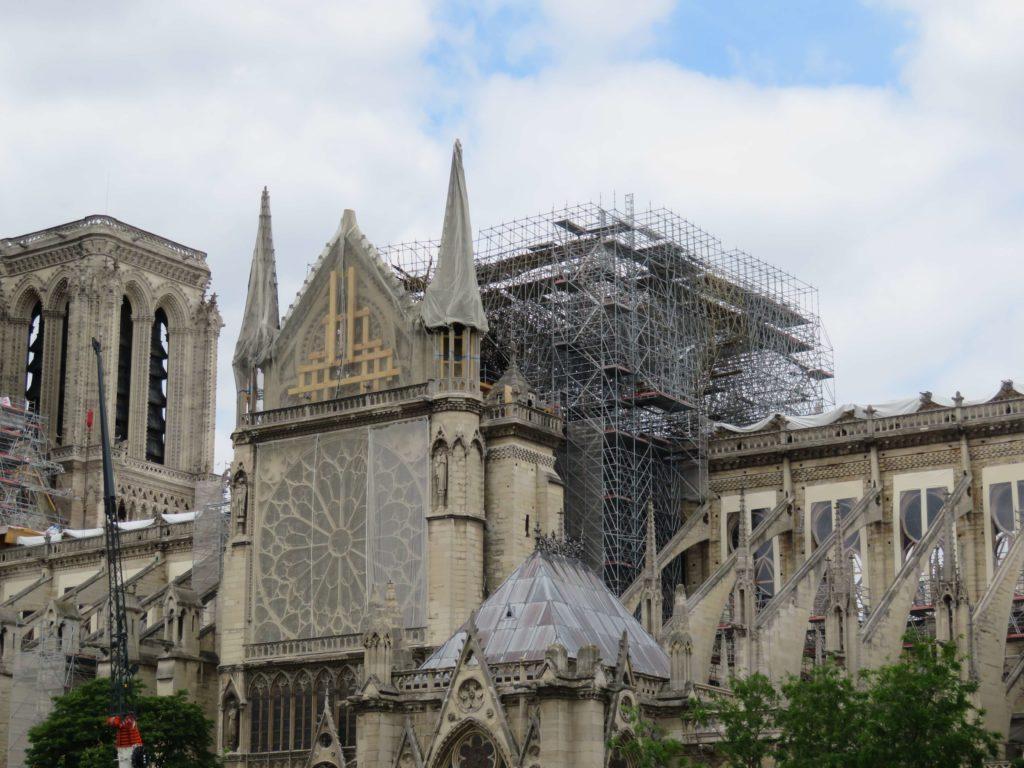 Notre-Dame de Paris restoration south transept and scaffolding