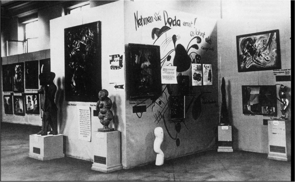 Black and white photograph showing the sloppy arrangement of the artworks taken for the Degenerate Art exhibition.