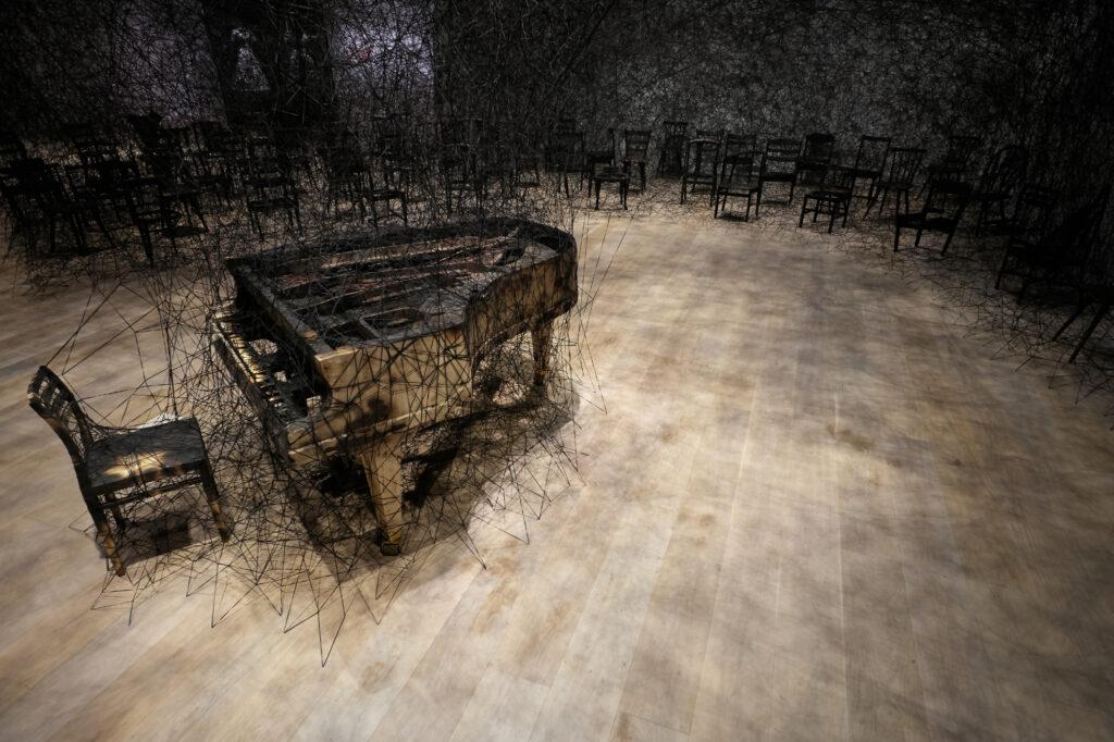 Chiharu Shiota, In Silence, 2019,