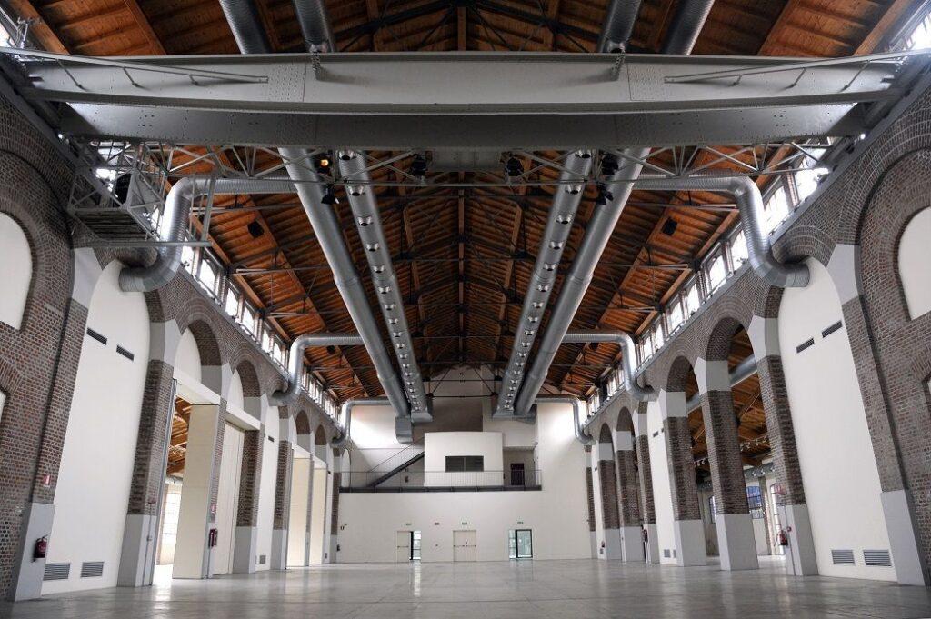 The REA! ARTE art fair: Photography of the venue La Fabbrica del Vapore in Milan, interior picture