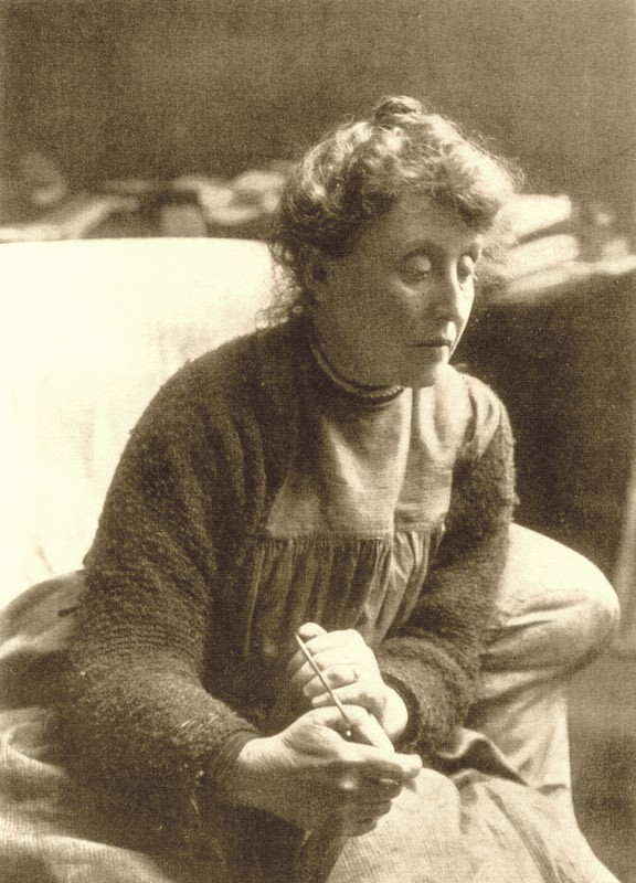 A Victorian photograph of Evelyn De Morgan, one of the Pre-Raphaelite Sisters.