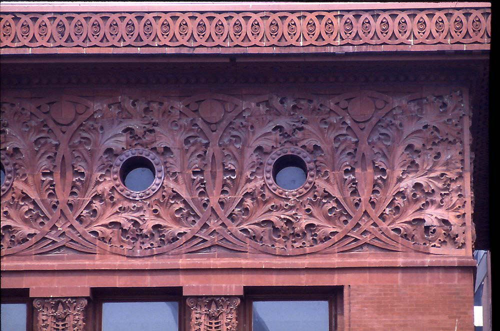 Details from Louis Sullivan's Wainwright Building In St. Louis, Missouri, USA. Source: Wikimedia Commons.
