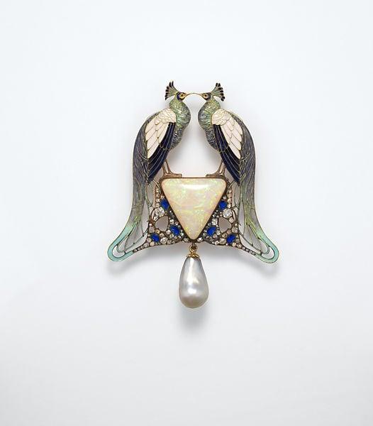 Art Nouveau Explained: René-Jules Lalique, Pendant, c.1901, Gold, enamel, opal, pearl, diamonds, Gift of Clare Le Corbeiller, 1991, The Metropolitan Museum of Art, New York, USA.