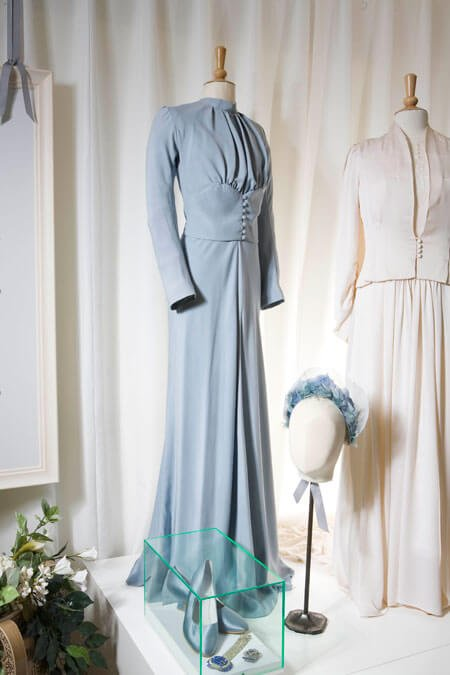 Reproduction of the Wallis Blue dress.