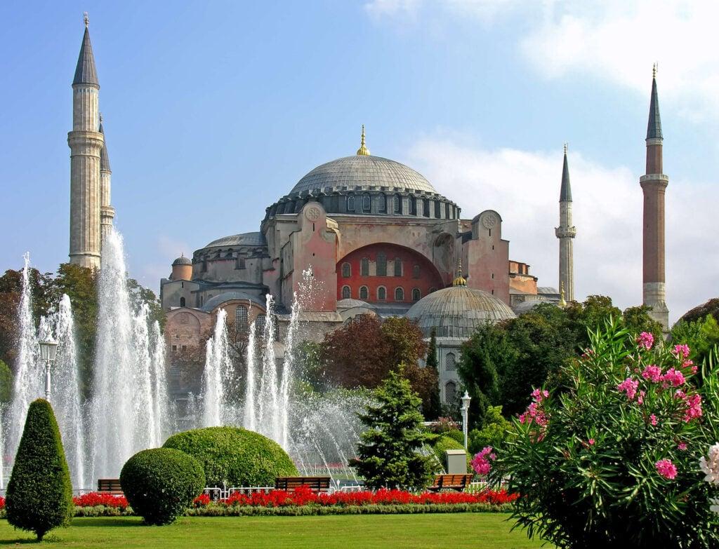Hagia Sophia exterior Dennis Jarvis