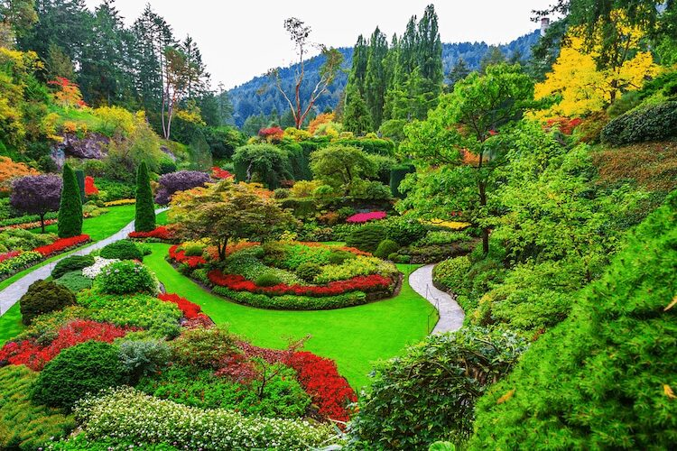 Colorful gardens and Parks: Butchart Gardens, British Columbia, Canada.