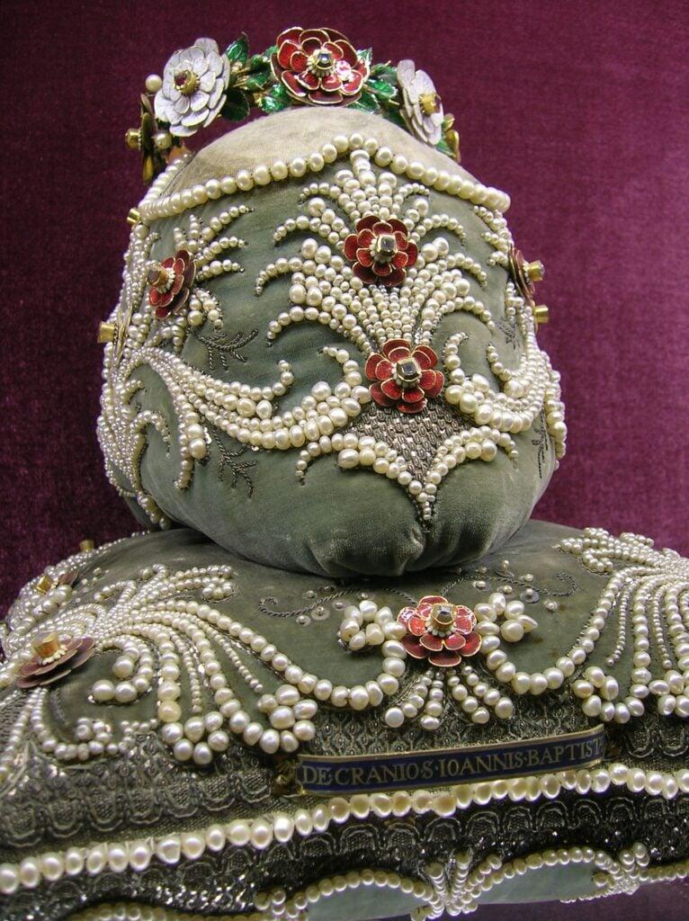 Top 10 Christian Weird Relics: The Head of St.John the Baptist, Residenz Museum, Munich, Germany.