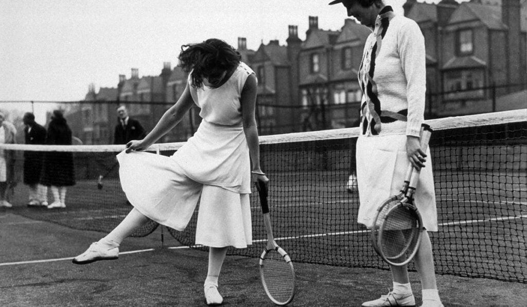 Elsa Schiaparelli, jupe-culottes worn by Lilí Álvarez at Wimbledon, pour le Sport collection, 1931.