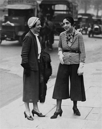 Elsa Schiaparelli wearing her jupe-culotte on the streets of London, 1930s.