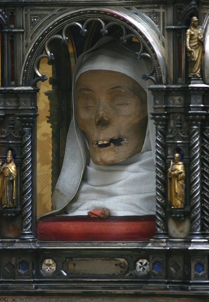 Top 10 Christian Weird Relics: Head of St.Catherine of Siena during a procession