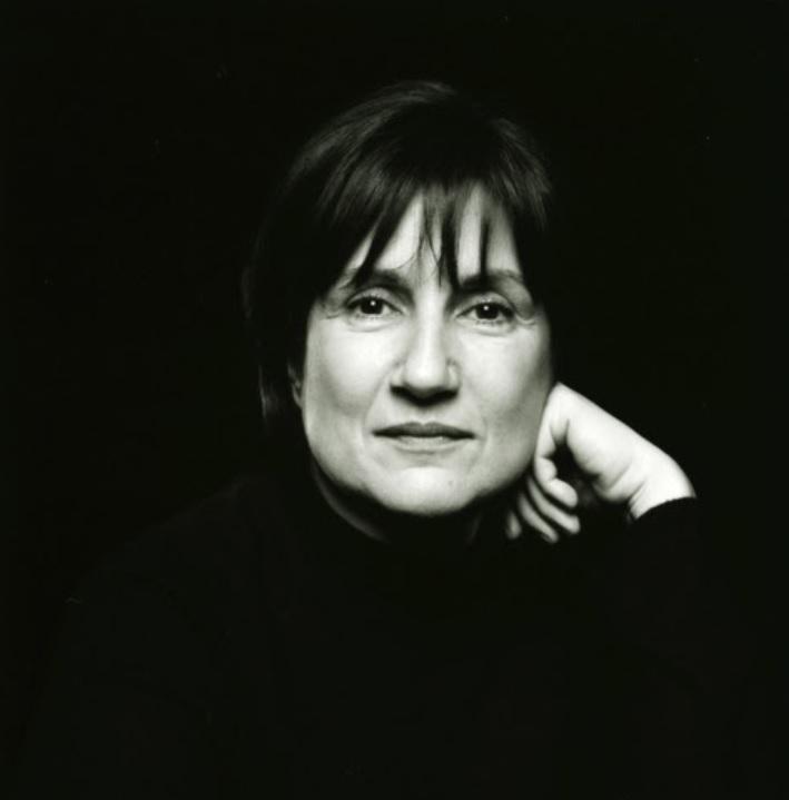Portrait of the artist Ayse Erkmen