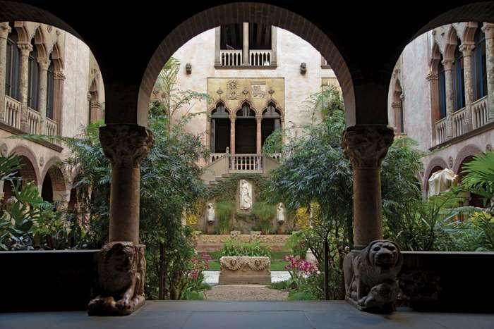 biggest art theft, Courtyard of the Isabella Stewart Gardner Museum, Boston, USA.