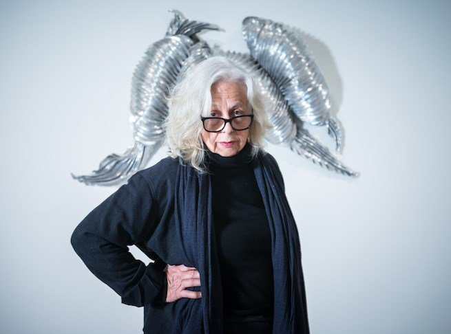 The Post-Minimalistic and Feminist Art of Lynda Benglis. Artist Lynda Benglis pictured with her work Scarab (1990). Ocula.