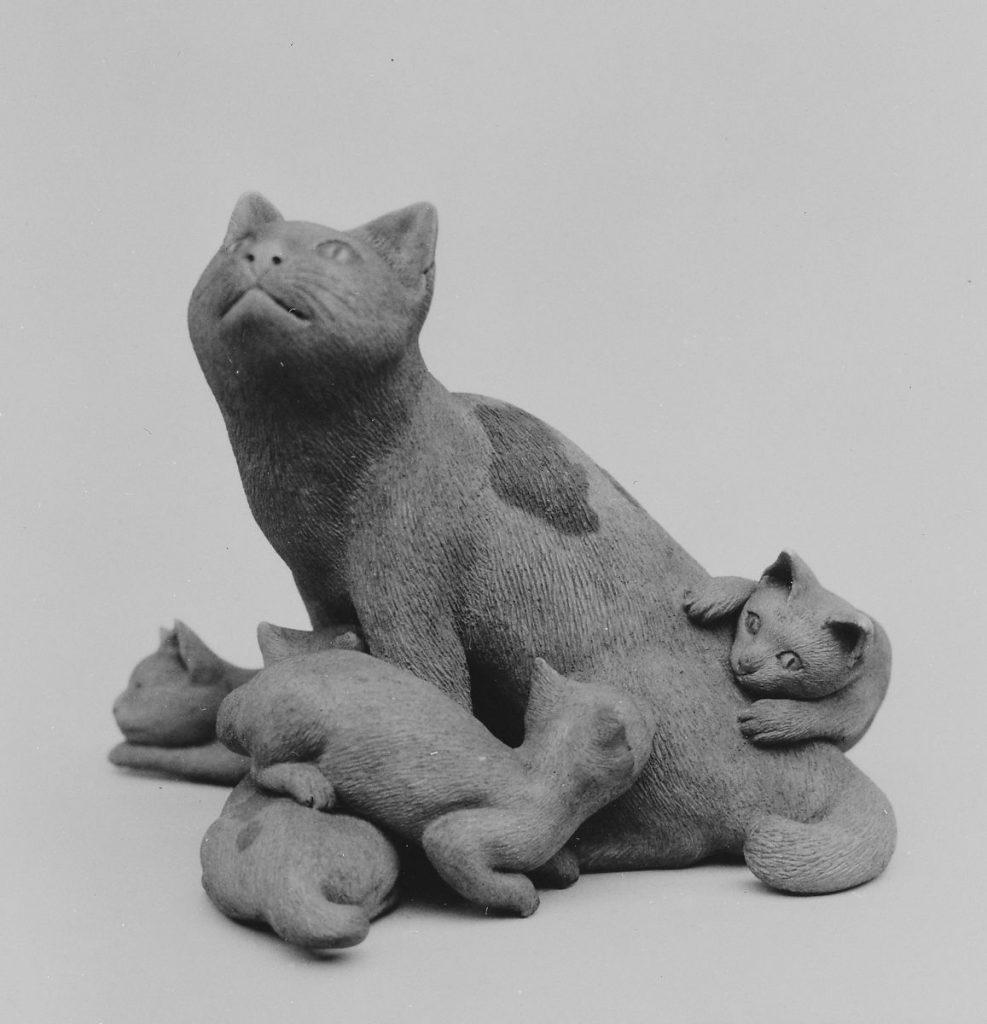 Cat and Kittens Netsuke, Meiji period