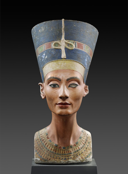 Bust of Queen Nefertiti, 18th dynasty, circa 1370-1333 BCE, Egyptian Museum and Papyrus Collection, Neues Museum, Berlin, Germany.