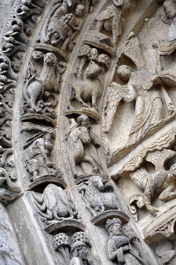Chartres Royal Portal Zodiac