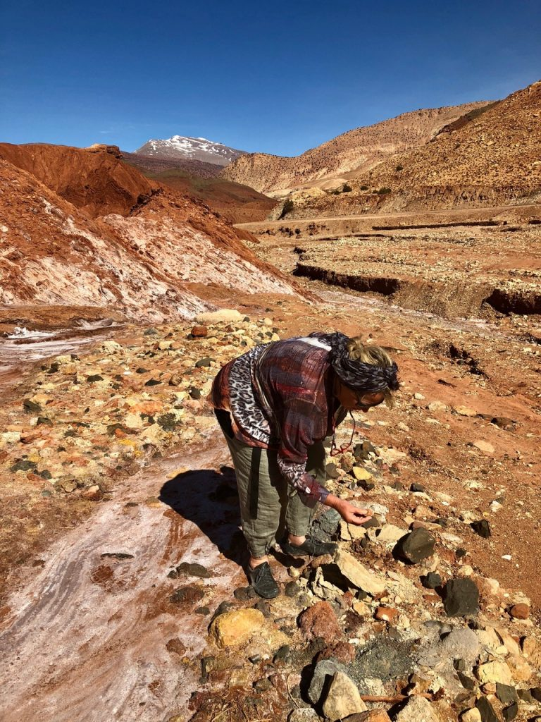 Ulrike Arnold collecting earth in the Atlas Mountains, Morocco