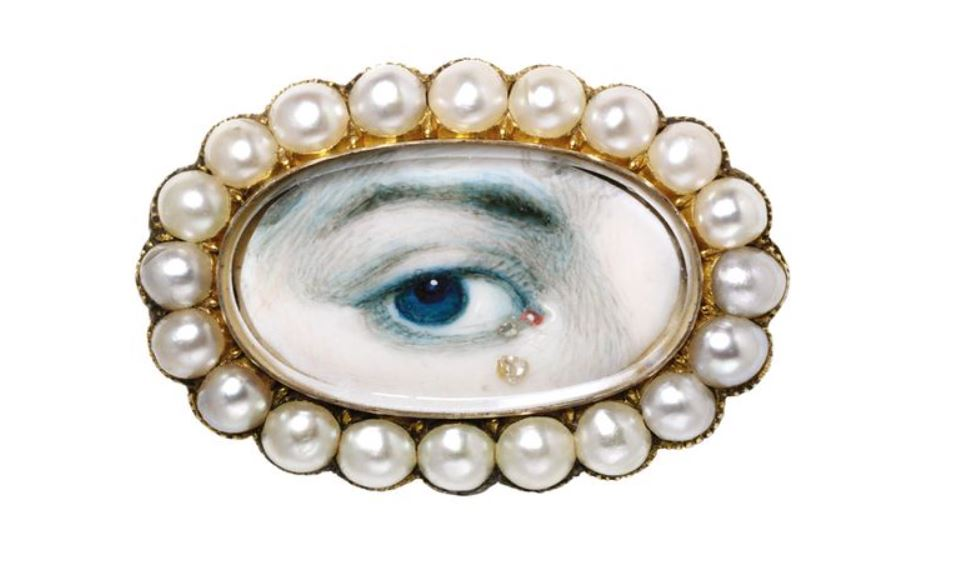 Lover's eye brooch, 1800 – 20, England, © Victoria and Albert Museum, London - Best 2020 Christmas Gifts from Art Museums