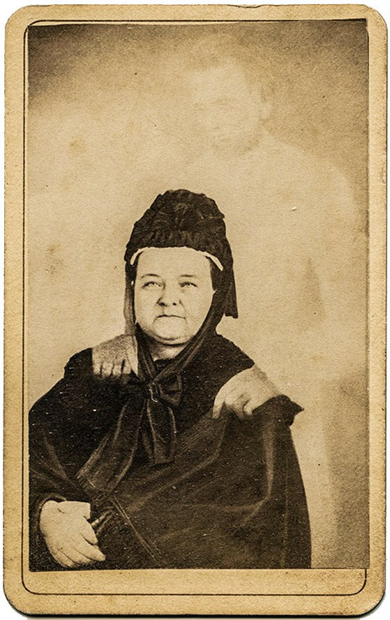 """Secrets of ghost photography:  William H. Mumler, Mary Todd Lincoln with the """"ghost"""" of her husband, 1869"""