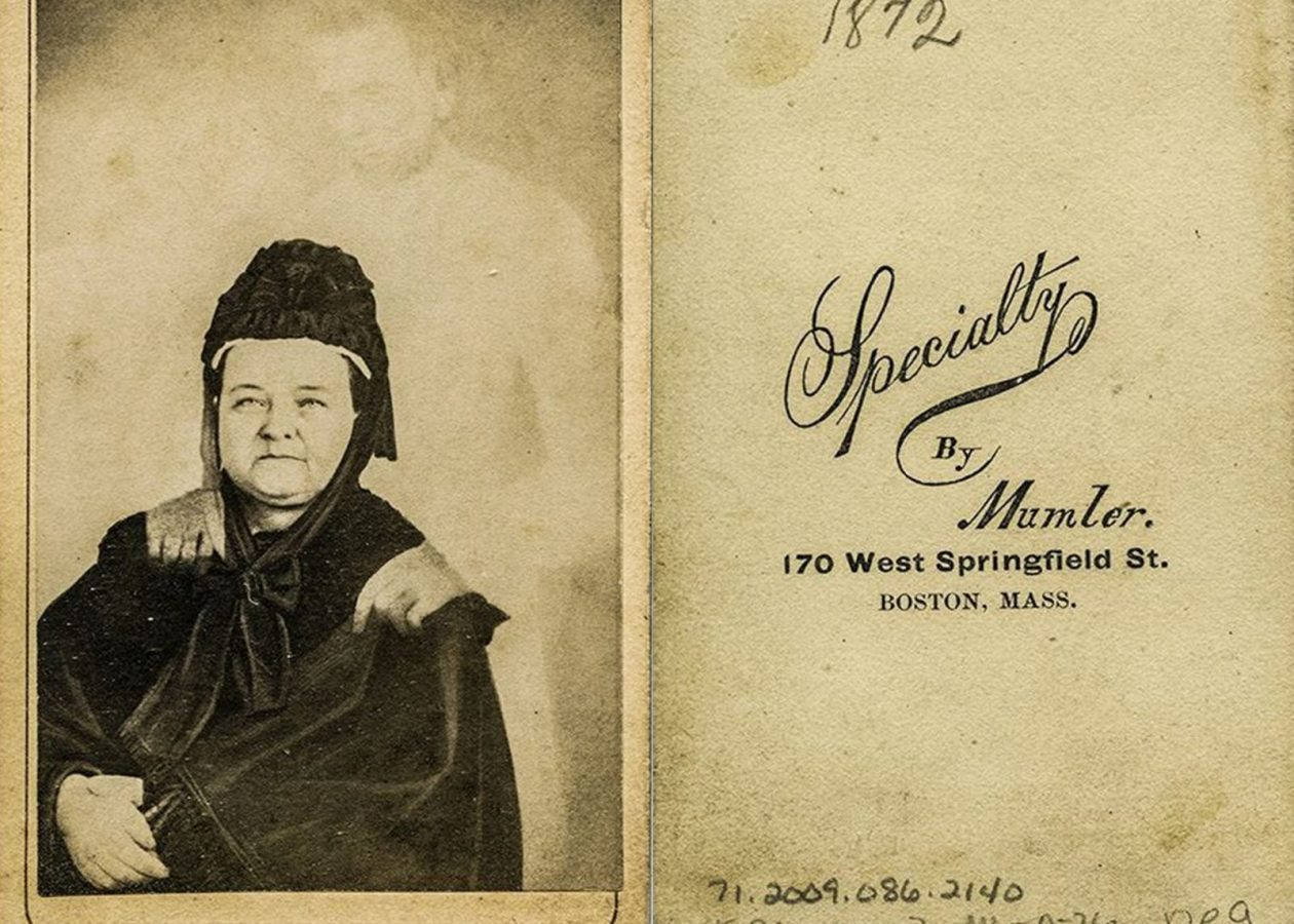 """William H. Mumler, Mary Todd Lincoln with the """"ghost"""" of her husband, 1869, USA. Wikipedia"""