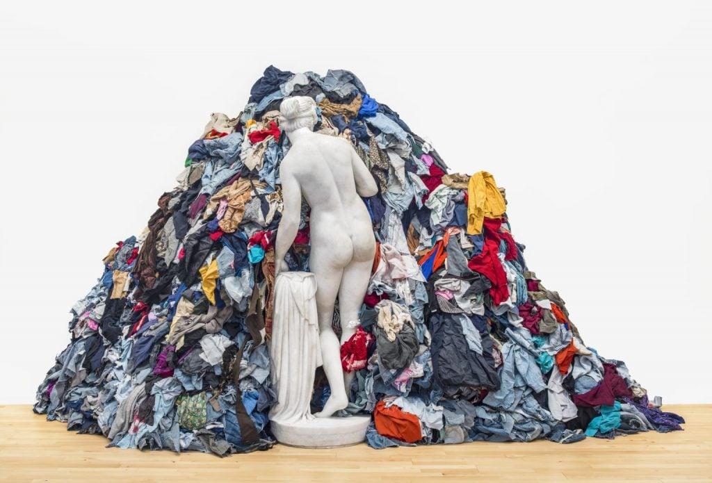 Arte Povera movement: Michelangelo Pistoletto, Venus of the rags, 1967, Tate Modern. Source: Tate.