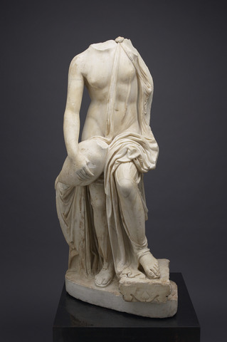 Marble statue of Leda and the Swan, copy of a Greek original by Timotheos