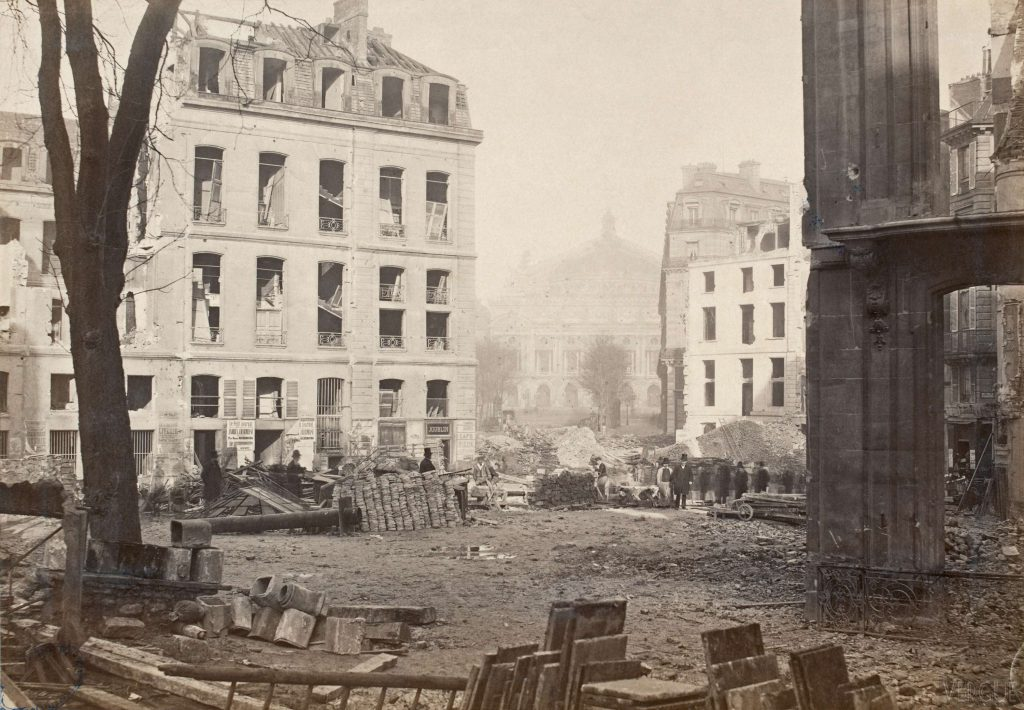 Charles Marville, Breaking the avenue of l'Opéra, Paris IIe, 1877. Atlas of Places. Paris in the early photographs