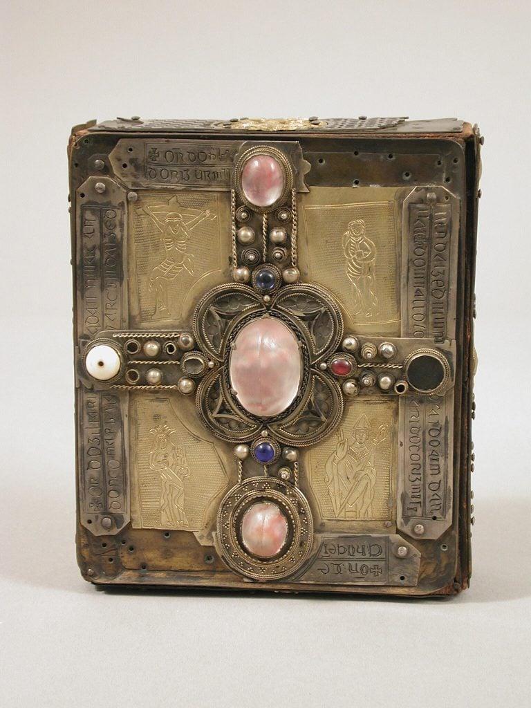 Medieval portable shrines: Cumdach of the Stowe Missal book shrine, 1025-52, Irish, Metropolitan Museum of Art, New York, NY, USA.